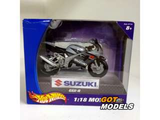 SUZUKI GSXR 750   1/18 MAISTO   MODEL MOTORCYCLE SILVER GREY