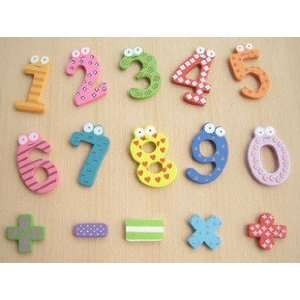 Childrens Creative Gifts Toys / Wooden Magnetic Stickers