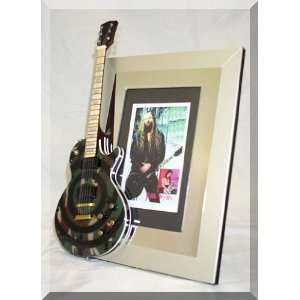 ZAKK WYLDE Miniature Guitar Photo Frame Camo Musical