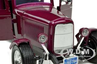 1932 FORD FIVE WINDOW COUPE BURGUNDY 118 DIECAST MODEL CAR BY