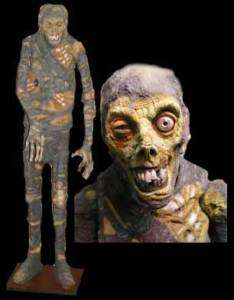 HALLOWEEN LIFE SIZE ANIMATED SHIVERING MUMMY PROP