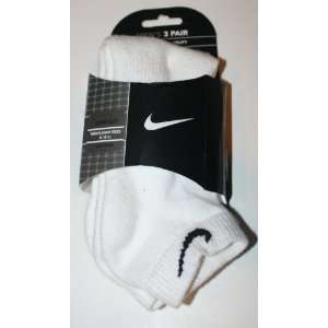 Nike 3 Pair Mens Quarter White Sock  Size 8 12 Sports